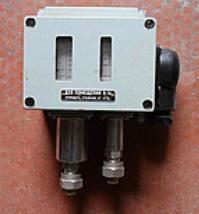 Д220А-13 датчик реле давления