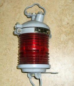 СС-233 светильник судовой