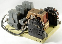 Контактор КМ2333-29