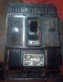 WIS-400M выключатель автоматический